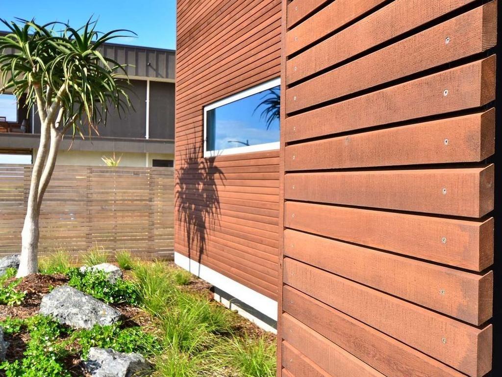 Фасадные и отделочные работы с использованием прямого планкена