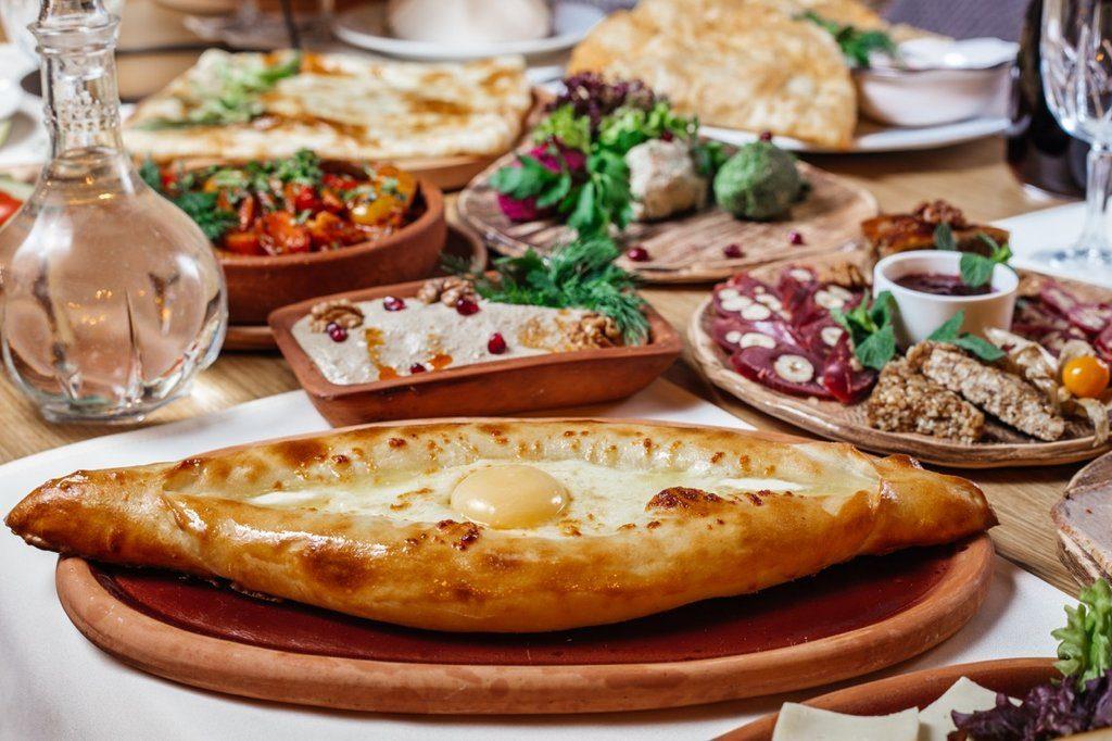 Доставка грузинской еды от «Хинкальная City»