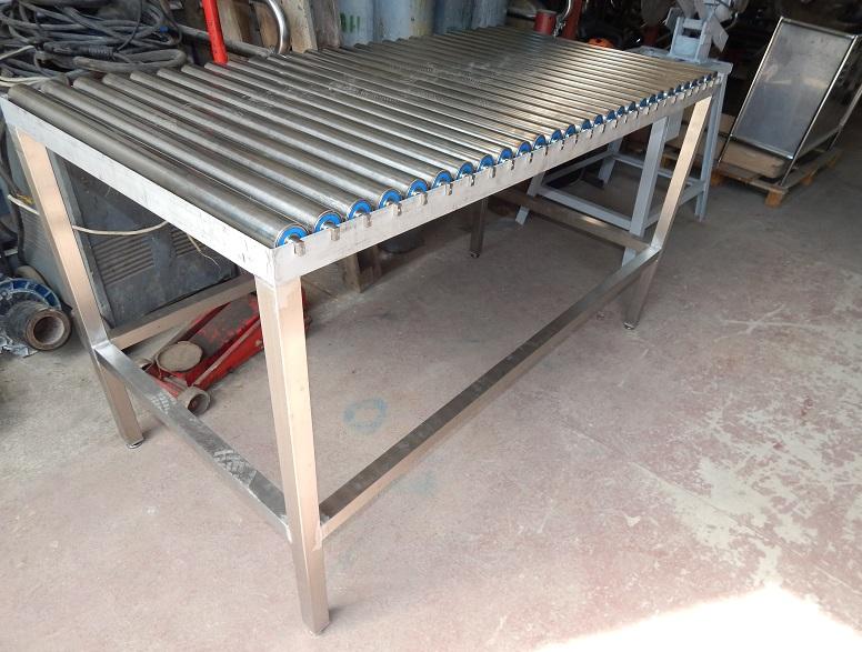 Роликовые столы от компании «УПАК Потенциал»