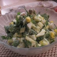 Шведский салат с сельдью и яйцом