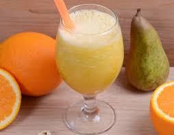 Смузи с грушей, апельсином и зелёным чаем