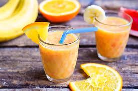 Смузи «Тутти-Фрутти» из банана, апельсина и вишни