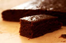 Влажный шоколадный кекс с ванилью