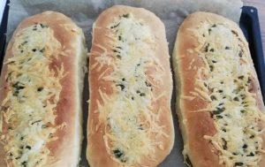 Рецепт чесночно-сырного багета