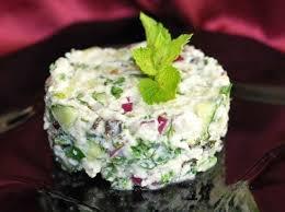 Египетский салат с фетой и мятой