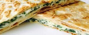 Горячая закуска из лаваша с сыром и зеленью