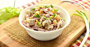 Быстрый салат из сухариков