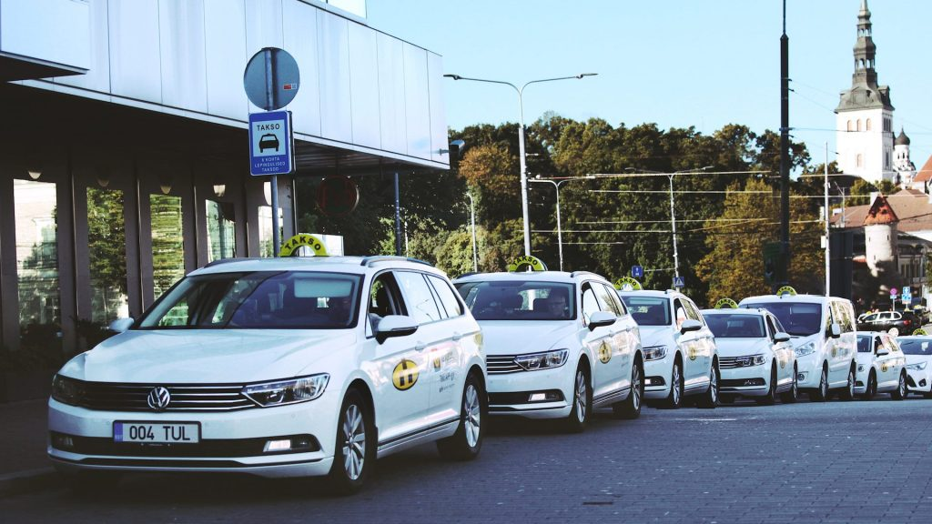 Востребованные услуги столичного такси