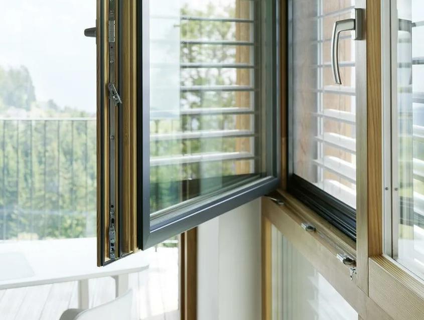Светопрозрачное заполнение алюминиевых оконных конструкций