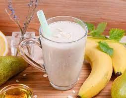 Кефирный смузи с овсянкой, бананом и яблоками