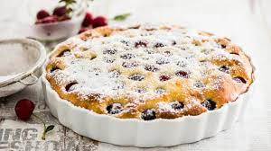 Легкий вишневый пирог