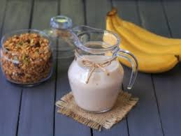 Постный банановый смузи на растительном молоке