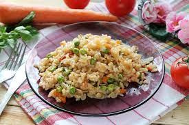 Овощное рагу со свининой и рисом