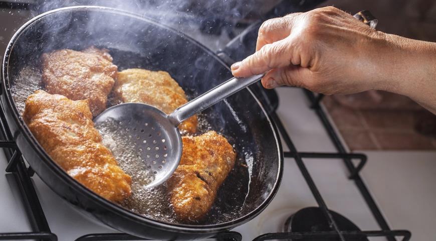 Почему при готовке образуется много дыма? И что с этим делать